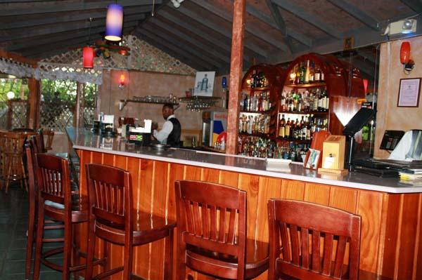 Spring garden seafood steakhouse restaurant ocho rios jamaicas best for Spring garden jamaican restaurant